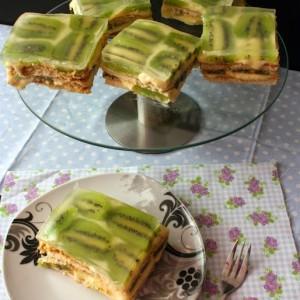 Лека торта с пудинг и киви