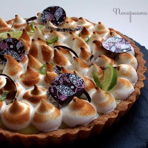 Тарт с манго, маракуя, бял шоколад и меренг